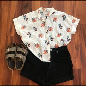 Madewell Short Sleeved Button Down Top